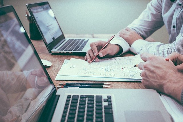 Come la tecnologia cambia l'organizzazione del lavoro