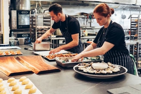Come aprire un'attività di catering