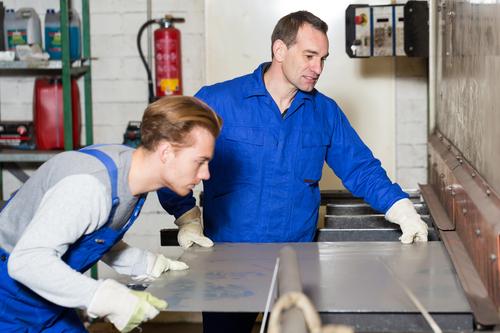 Macchine lavorazione lamiera funzionamento, piegature e modelli